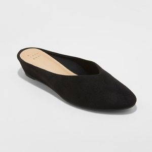 Vanessa Wedge Backless Mules Black Size 11